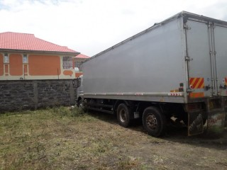 15 Ton Truck for Hire