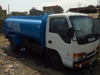 Clean  water delivery in Nairobi