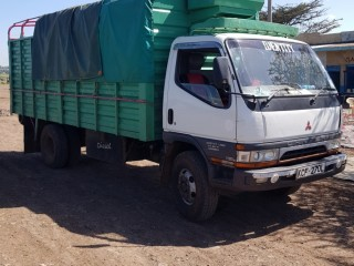 8 tonne Canter for hire in Nyeri